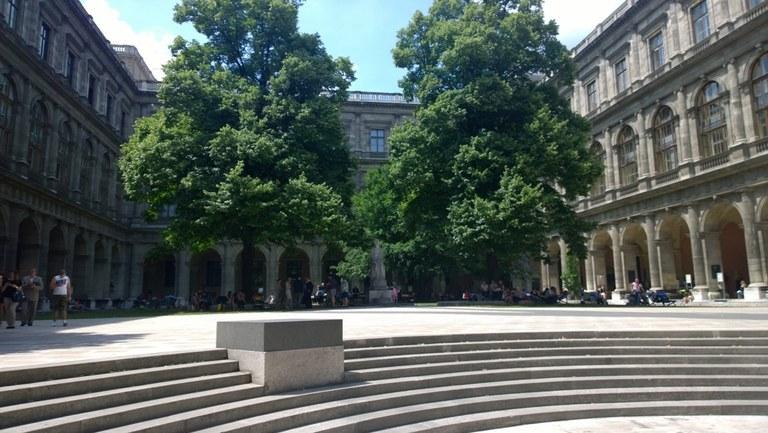 Saksa, Wienin yliopisto.jpg